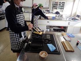 調理・製菓分野「だし巻き卵」