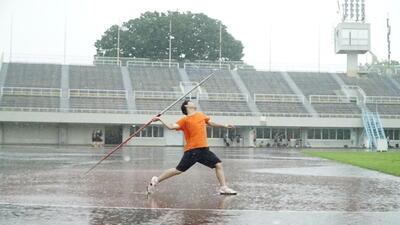上尾運動公園陸上競技場での練習風景①