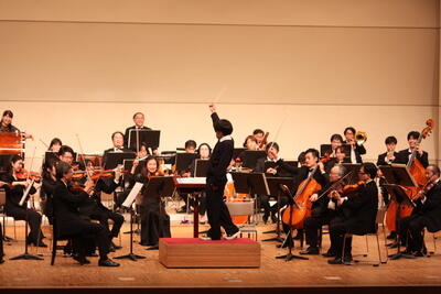 生徒の指揮者体験